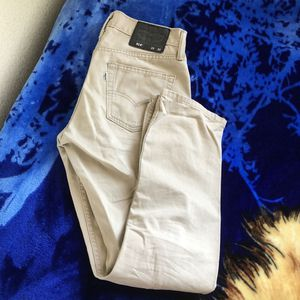 Levi's 514 29x30 Khaki Jeans for Sale in Union City, CA