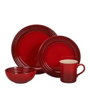 BRAND NEW Le Creuset dishes for Sale in Seattle, WA