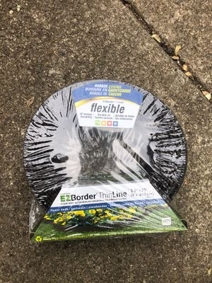 Flexible ez boarder thin liner for Sale in Westlake, OH