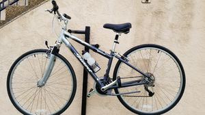 Giant cypress aluxx 6061 small mens bike for Sale in San Diego, CA