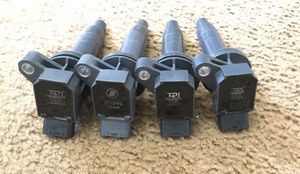 Set of ignition coils for Toyota Corolla 2000-2002 for Sale in Paramount, CA