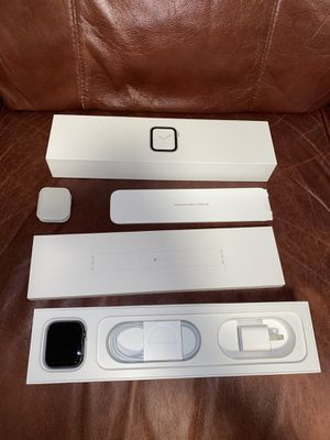 Apple Watch series 4 cellular LTE/ WiFi for Sale in Spring Valley, CA