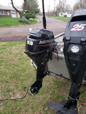 Mercury.9.9 4stroke.2015 for Sale in Belleville, IL