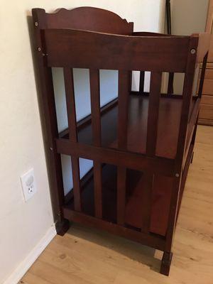 Baby diaper table for Sale in Phoenix, AZ