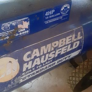 FREE Air Compressor WORKS, but Needs Hose. for Sale in Washougal, WA