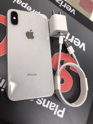 iPhone X 64gb Unlocked for Sale in Medford, MA