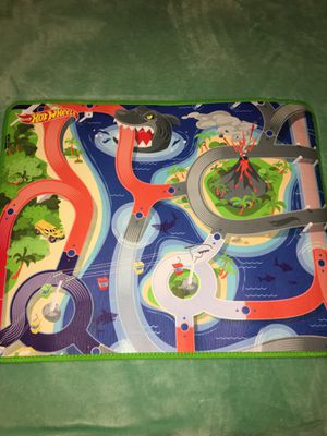 Hot Wheels play mat for Sale in Lockport, NY