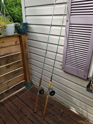 Vintage fishing rod and reels for Sale in Romulus, MI