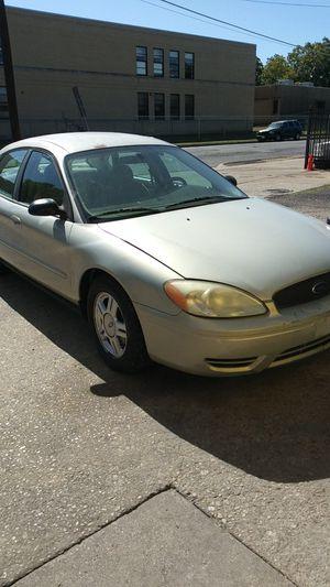 2005 ford taurus for Sale in Dallas, TX