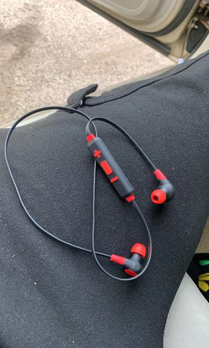iWorld Bluetooth headphones for Sale in Parma, OH