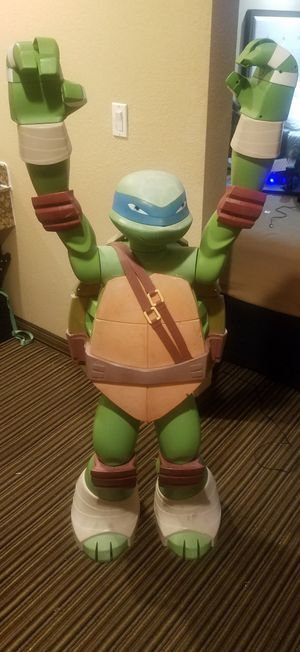 4ft tall ninja turtle good yard ornament or passenger for HOV LANE for Sale in Los Angeles, CA