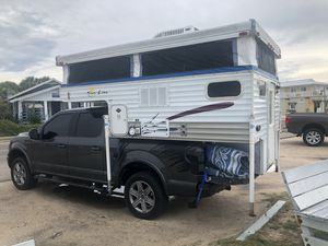 Remodeled pop up truck camper! Fits short bed 1/2 ton! for Sale in Kissimmee, FL