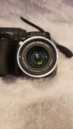 FujiFilm s5700 for Sale in Spicer, MN