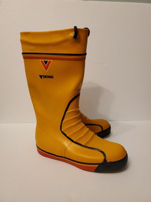 Viking Women Rain Boot size 7.5 for Sale in Bothell, WA