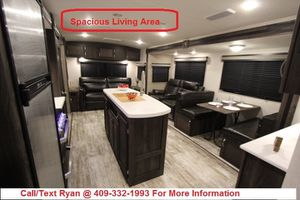LAST 2019 Highland Ridge Silverstar 275RLS Luxury Travel Trailer FINANCING AVAILABLE for Sale in Alvin, TX