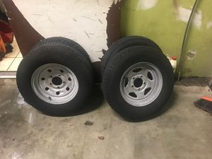 13 inch rim a tire for Sale in Miami, FL