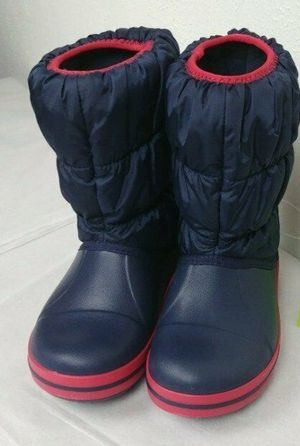 Crocs snow boots kids size C7 for Sale in Virginia Beach, VA