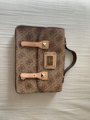 Guess Brown Handbag for Sale in Rancho Cucamonga, CA
