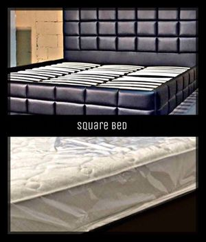 Queen square bed platform style with mattress and free delivery for Sale in Austin, TX