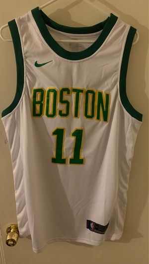 Celtics Kyrie Irving jersey (Real) for Sale in Tolleson, AZ