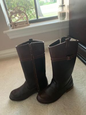 Gymboree brown riding boots size 2 girls for Sale in Carrollton, TX