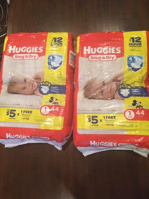 Huggies snug and dry size 1 Two bags of 44 each for Sale in Phoenix, AZ