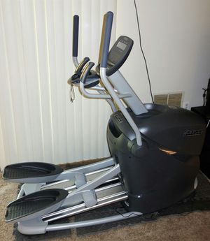 Octane Fitness Q35x elliptical for Sale in Riverdale, MD
