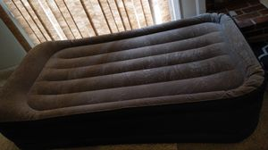 Airbed with built-in electric pump for Sale in Richmond, VA