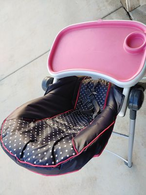 Kids feeding chair for Sale in Lancaster, CA