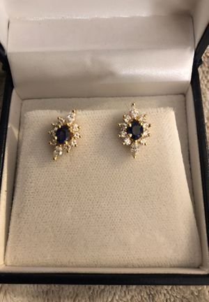 14 k earrings real diamond $1000.00 for Sale in Daly City, CA