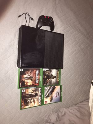 Xbox one with 4 Games, controller, and cords. (CASH ONLY, NO TRADE) for Sale in McKinney, TX