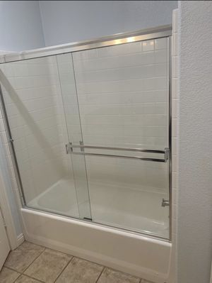 Glass shower bathtub doors for Sale in Chula Vista, CA