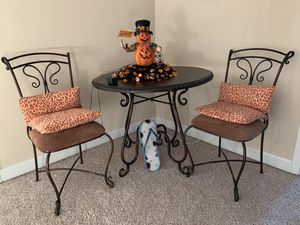 Bistro table and 2 chairs for Sale in Knightdale, NC