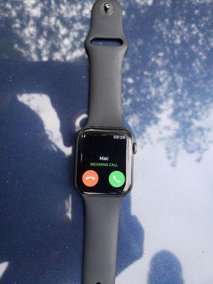 Apple watch series 4 for Sale in Lynnwood, WA