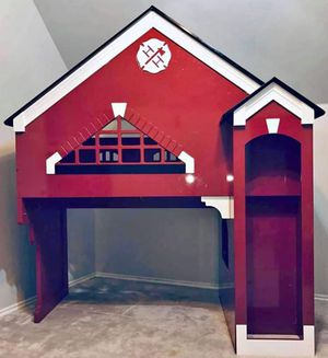 Firehouse bunk bed. for Sale in Jenks, OK