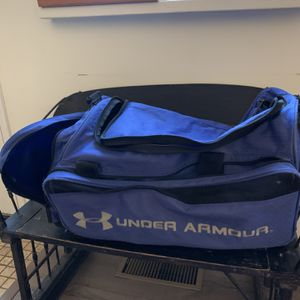 Underarmour XL Football/hockey Gear Duffle Bag for Sale in Moon Township, PA
