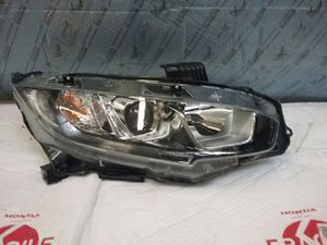 2016 2018 HONDA CIVIC RIGHT PASSENGER SIDE HEADLIGHT OEM for Sale in Los Angeles, CA