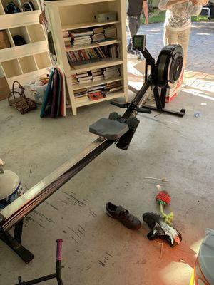 Concept 2 Rowing Machine, originally 900 dollars for Sale in Miami, FL