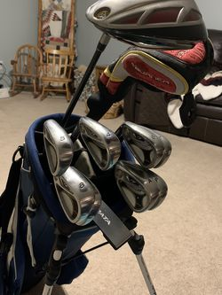 Really Nice Set Of Left Handed Clubs for Sale in Avon,  IN