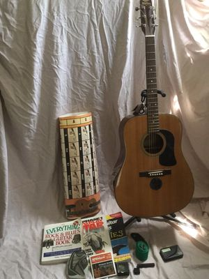 Washburn D10N acoustic guitar for Sale in Erie, PA