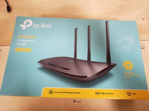 TP-Link TL-WR940N for Sale in Anaheim, CA