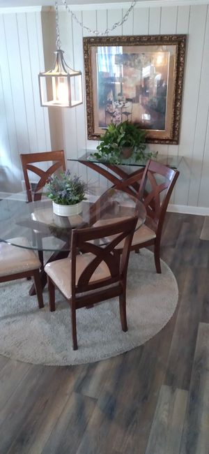 Dining room set for Sale in Forest Park, GA