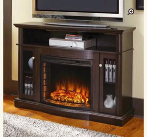 Electric Fireplace w/Remote for Sale in Berwyn Heights, MD