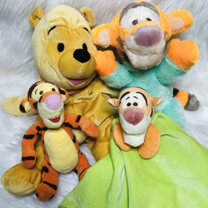 Winnie The Pooh Disney Baby Toys Pooh Bear And Tigger for Sale in Largo, FL