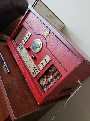 Record Player, Aux, CD, Radio for Sale in Cleveland, OH