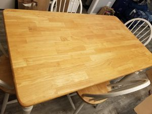 Kitchen table for Sale in Lynnwood, WA