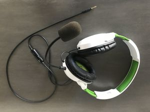 Xbox one headset for Sale in Chandler, AZ