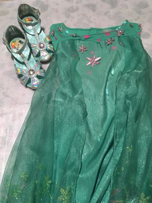 Frozen fever Elsa dress size4 5 6(shoes size11) Halloween costume Making Today a Perfect Day birthday for Sale in Redmond, WA