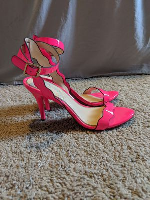Jessica Simpson Hot pink heels sz 6 for Sale in Austin, TX