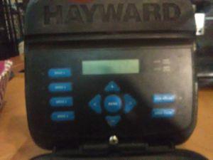 Hayward SPX 3400 LCD 4 speed pool pump for Sale in Cypress Gardens, FL